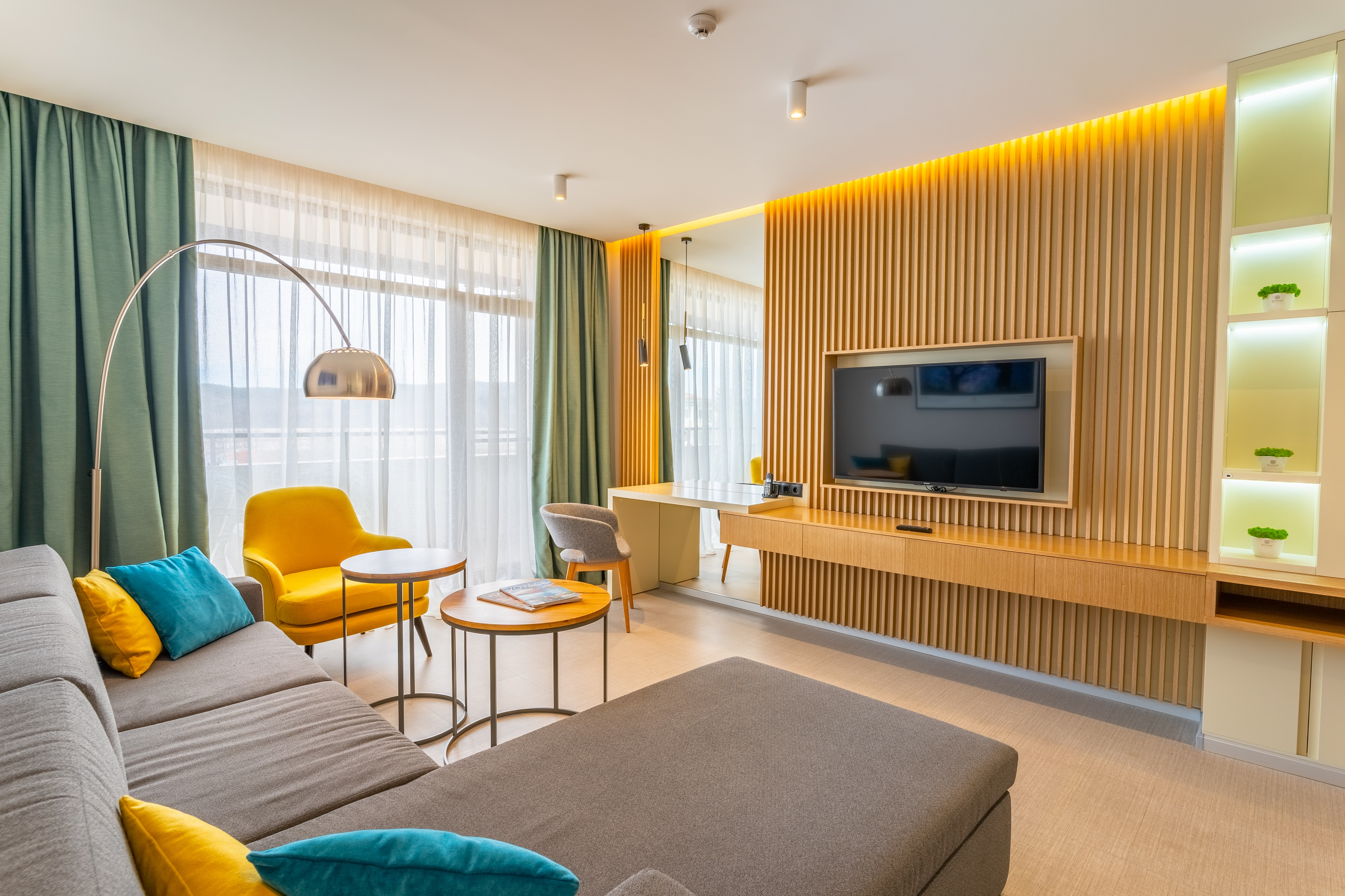 Sevtopolis_Medical_and_SPA_Hotel_Apartment_Living_room_2_-_rs.jpg